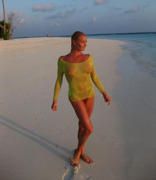 Голая Анастасия Волочкова на Мальдивах