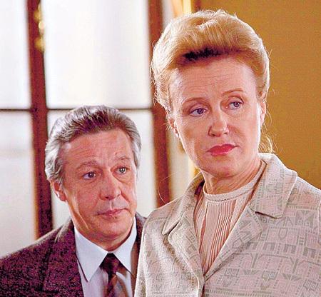 В «Фурцевой» РОЗАНОВА сыграла главную роль, а ЕФРЕМОВ - своего отца-режиссёра