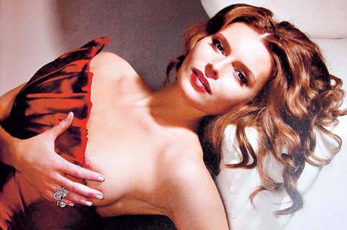 Любовь ТОЛКАЛИНА ещё раз доказала, что является одной из самых сексапильных актрис нашего кино