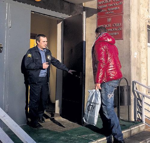 Актёр вынужден через суд делить нажитое с супругой имущество