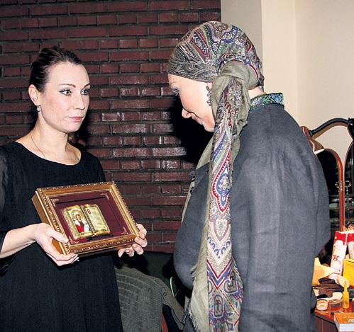 Ольга ТУМАЙКИНА уверена, что икона святой мученицы Татьяны убережёт юбиляршу от всех невзгод