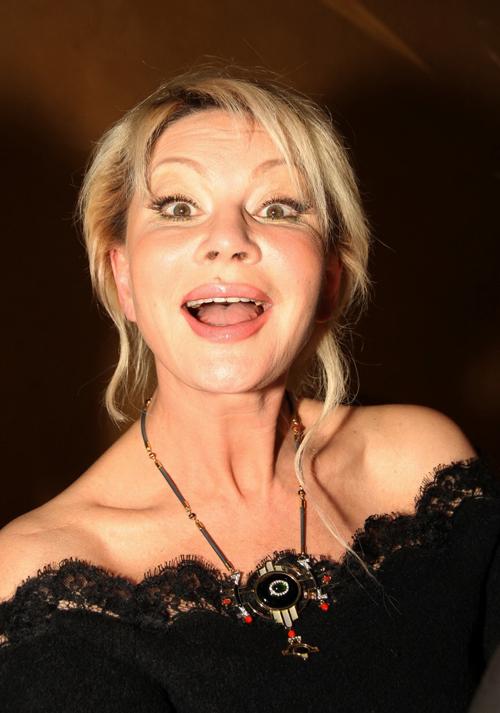 Ольга Бузова подарила Алексею ...: qestigra.ru/blog/2012-03-19-15284