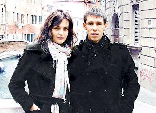 Бывшая гражданская жена Юлия ЮДИНЦЕВА не разделяла с актёром его секс-предпочтений...