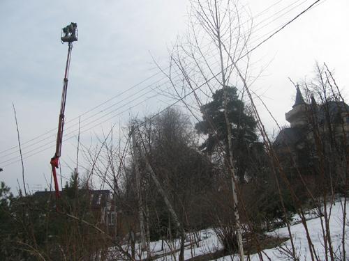 Чтобы снять день рождения ПУГАЧЕВОЙ, фотографы подогнали к замку кран.