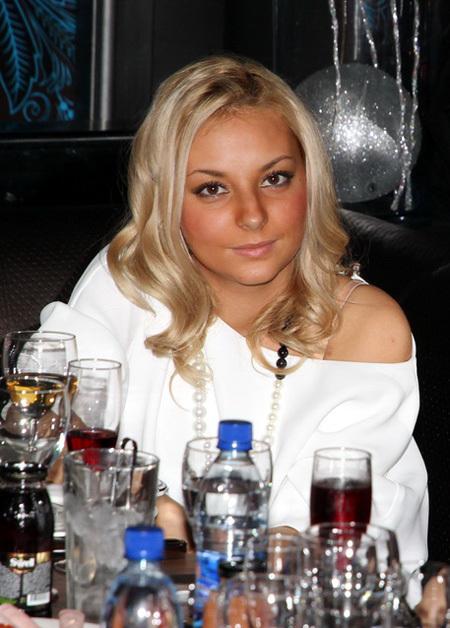 Дарья сагалова снялась для журнала гламу фото 462-505