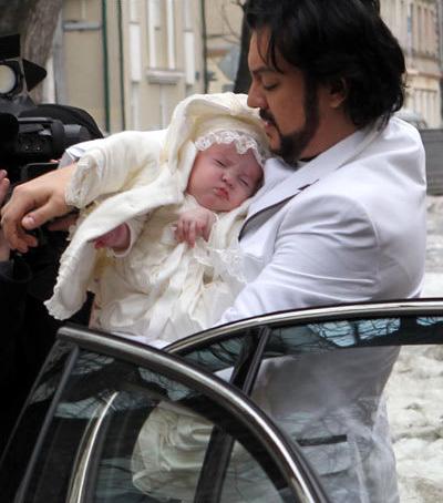 Филипп КИРКОРОВ с дочкой Аллой-Викторией (фото Руслана ВОРОНОГО)