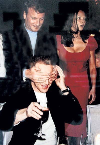 Герман Оскарович очень любит свою жену Яну, но находит время и на старых друзей