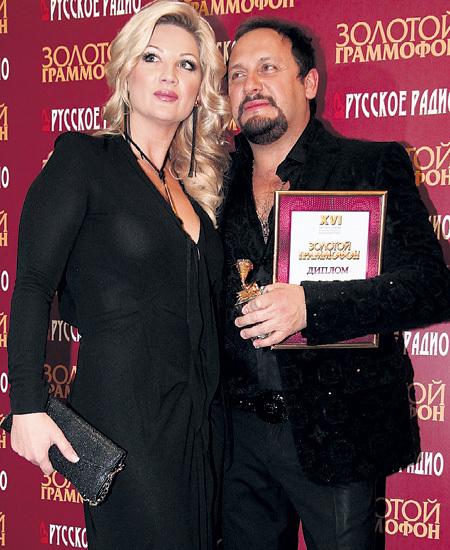 Стас МИХАЙЛОВ с супругой