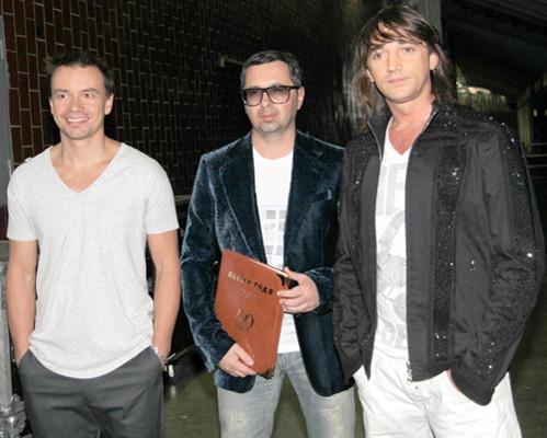 Николай Тимофеев (справа) был солистом группы