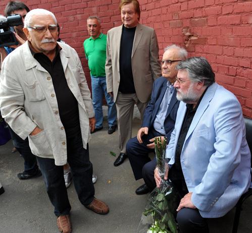 Армен Джигарханян, Сергей Абакумов, Эльдар Рязанов,  Александр Ширвиндт