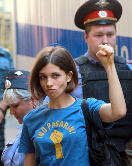 publichnie-foto-tolokonnikovoy