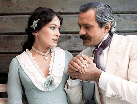 Лариса ГУЗЕЕВА, Никита МИХАЛКОВ (кадр из фильма «Жестокий романс»)