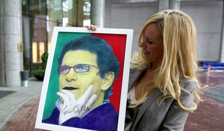 Дмитрий СЕННИКОВ удачно продал собственноручный портрет Фабио КАПЕЛЛО. Фото: РИА «Новости»
