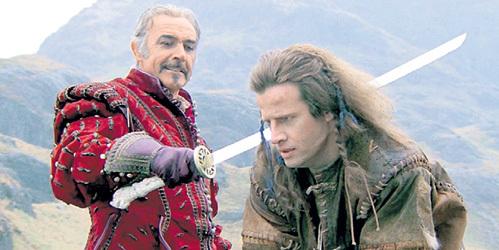 Горец Коннор Маклауд принадлежит к расе воинов, которых можно погубить, лишь обезглавив мечом