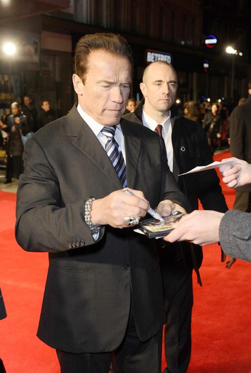 Арнольд ШВАРЦЕНЕГГЕР в Лондоне на премьере фильма «Возвращение героя»
