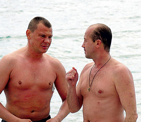 ПАНИН был очень дружен с Владом ГАЛКИНЫМ. Их судьбы оказались удивительно похожи