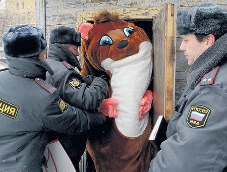 Полиция недолюбливает «сетевых хомячков» за то, что те суют нос куда не надо и чирикают об увиденном на весь мир