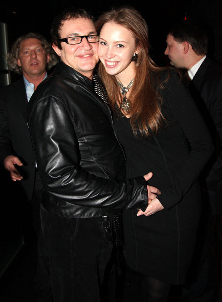 Дмитрий дибров с женой полиной фото
