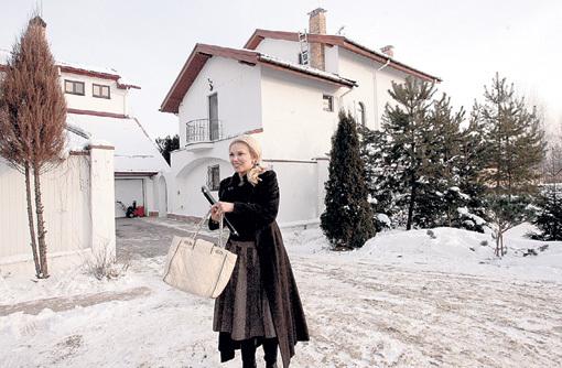 На деньги от продажи акций Эйке БАТИСТЫ Яна ГРИВКОВСКАЯ восстановила два своих дома на Рублёвке