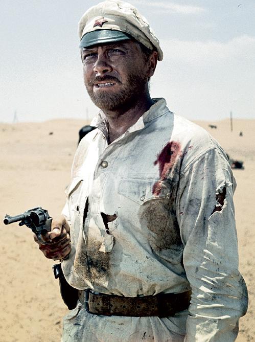 Фразы главного героя «Белого солнца пустыни» давно стали крылатыми: «Таможня даёт добро», «Восток - дело тонкое», «Не робей, Петруха!» и многие другие. Фото: РИА «Новости»