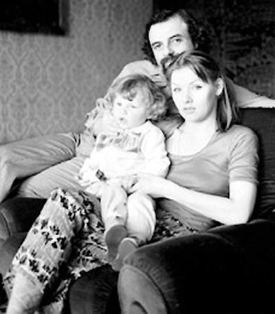 С первым мужем Борисом и маленькой Анечкой