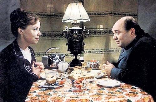 Ефремов мне не нравился. Люблю красивых мужчин! «Девушка без адрес…