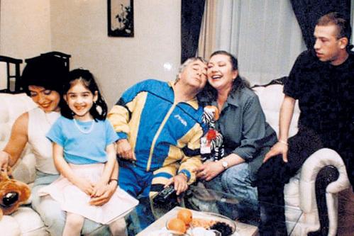Семейное фото: папа Рома, мама Вика, дочь Елена, внучка Ника и сын Павел. Фото: Vk.com