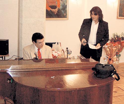 Под пшеничную водочку Муслим МАГОМАЕВ и Вячеслав ОЛЬХОВСКИЙ спели дуэтом не одну песню