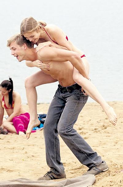 Голая Грудь Любови Толкалиной – Консервы (2007)
