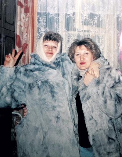 Сёстры Татьяна (справа) и Ирина после смерти матери стали заклятыми врагами