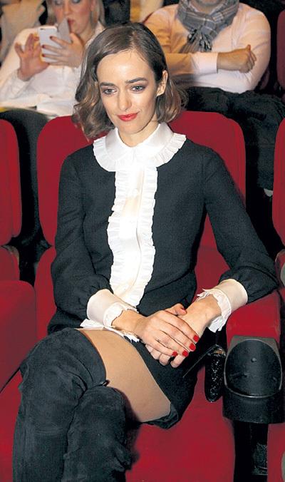 требуются ольга зуева актриса модель родилась в Александра Свирского
