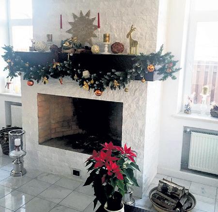 ...уютная гостиная с камином... Фото: Instagram.com