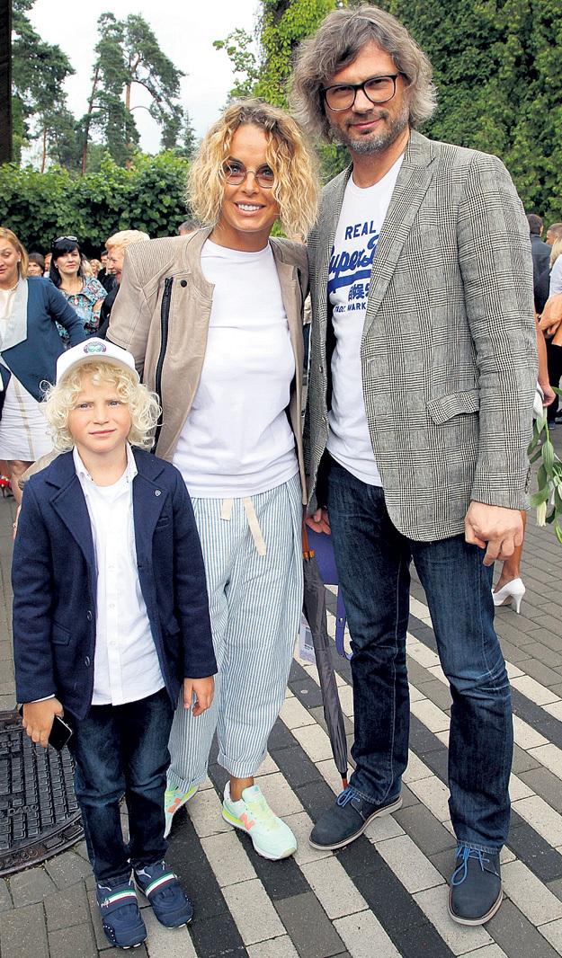 Настя КАЛМАНОВИЧ (Наталья Николаевна БРИЛЕВА) с мужем Фёдором ФОМИНЫМ и сыном Тихоном