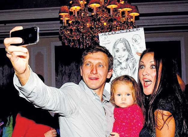 Со вторым мужем - Рафаилом САЛИКОВЫМ и дочерью Эмилией
