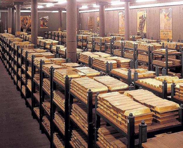 Эксперты уверены, что в золотовалютном хранилище США лежат покрашенные свинцовые чушки