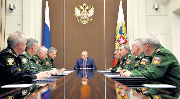 1 ноября 2015 года российские каналы «случайно» продемонстрировали в репортажах из Кремля схему секретной ядерной торпеды «Статус-6»... Фото: Пресс-служба Президента РФ