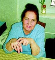 ЭЛЕОНОРА КОСТИНЕЦКАЯ: показывает, с какого пальца у нее сняли в тюрьме последнее алмазное кольцо