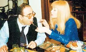 ГРЕШКИ МОЛОДОСТИ: еще не лысый Пригожин объявлял о своей свадьбе с Викой Цыгановой и не чурался спекуляций