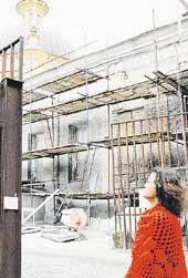 ХРАМ СВЯТЫХ ИРИНЫ И ЕКАТЕРИНЫ: закрылся на ремонт