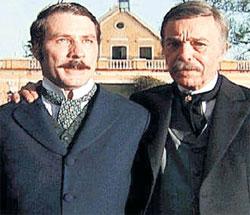 «ИЗАУРА» 2004 ГОДА: в главной роли - Леопольдо Пачеко (слева), ди Фалко - командор Алмейда