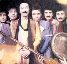 «ЯЛЛА»: лидера группы Ильясова (в центре) сейчас не берут петь даже в самые захудалые восточные рестораны