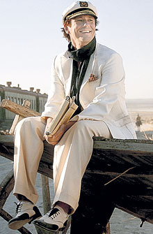 Изображая Остапа Бендера в сериале «Золотой телёнок», Олег МЕНЬШИКОВ каждый день становился богаче на $8 тысяч