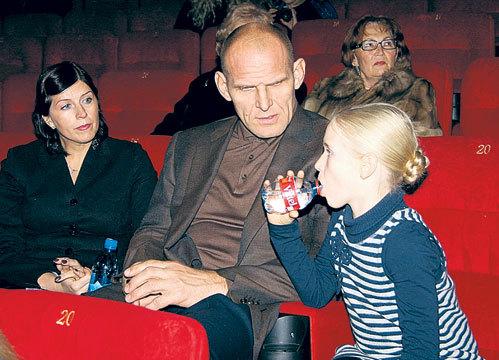 карелин александр и его семья фото