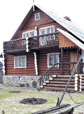 Симпатичный домик на Валдае пока не нашёл новых владельцев (фото Валерия Рубцова «Комсомольская правда»)