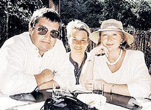 Ирину ДЁГТЕВУ супруги называли своей приёмной дочкой