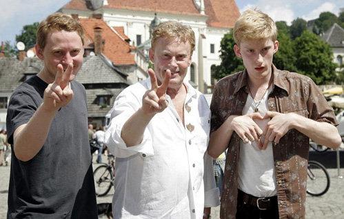 Даниэль ОЛЬБРЫХСКИ с сыновьями Рафаэлем и Виктором