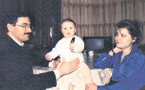 Михаил с экс-супругой и сыном Павликом