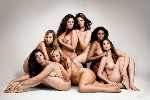 Семь молодых пышнотелых моделей снялись абсолютно обнаженными для ноябрьского выпуска американского издания Glamour.