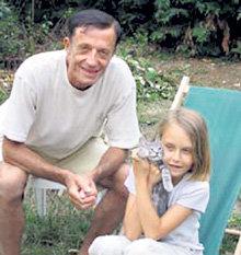 Французский суд решил, что Маше лучше жить с отцом Патриком УАРИ (фото gokhaman.ru)