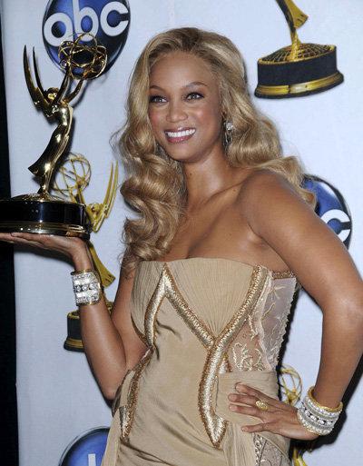 БЭНКС на вручении телепремии Emmy за авторское ток-шоу «Шоу Тайры Бэнкс»